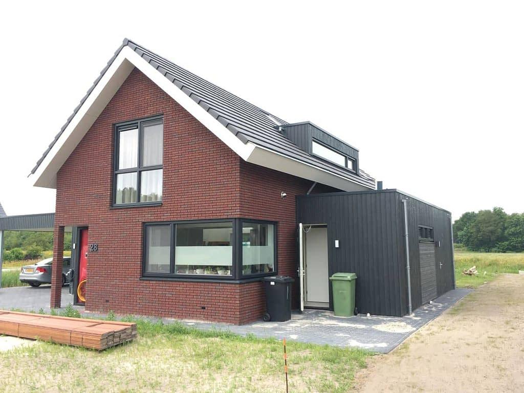Blowerdoortest bij nieuwbouw in Boorbergum, Friesland.