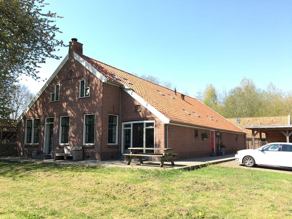 Blowerdoortest bij een boerderijtje in wedde in de provincie Groningen